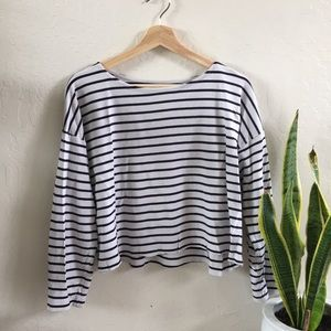 H&M long sleeve cropped black and white stripe top